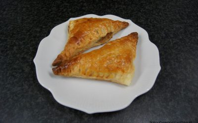 Indiase samosa's met linzenvulling