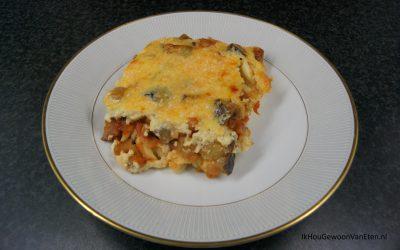 Ovenschotel met pasta, aubergine en kaas