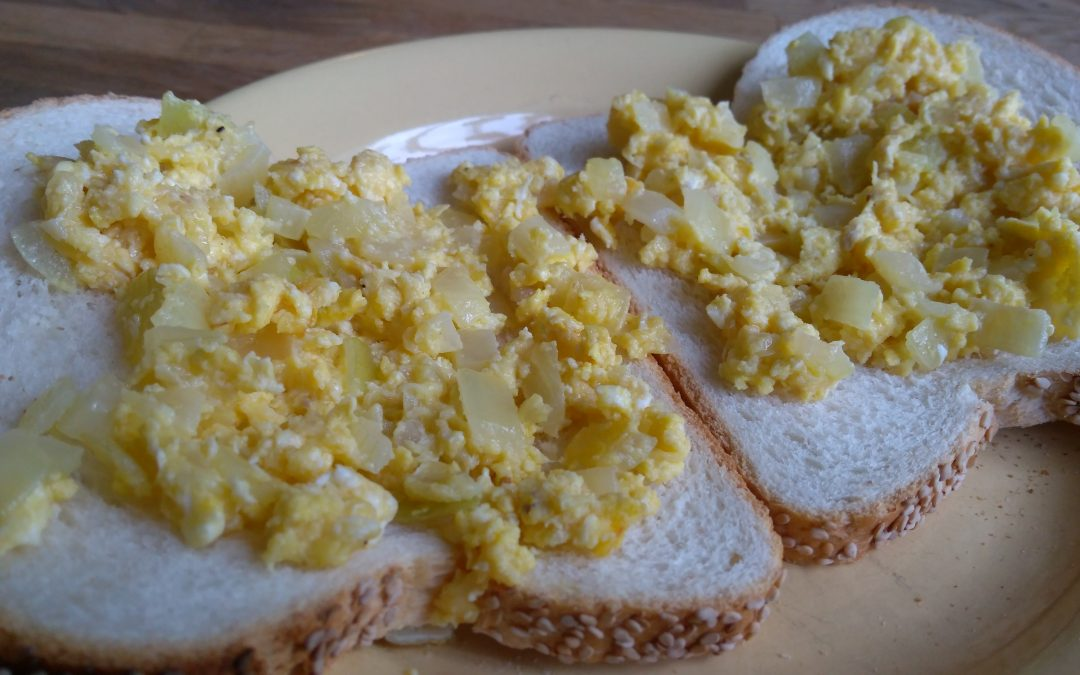 Egg 'n Cheese-Onion