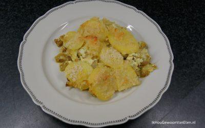 Lof – witlofovenschotel met kerrie en aardappelschijfjes