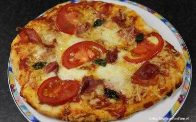 Zelfgemaakte pizza's