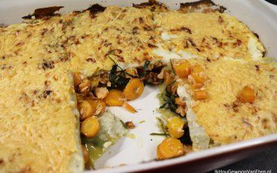 Witte lasagne met spinazie, zalm en worteltjes