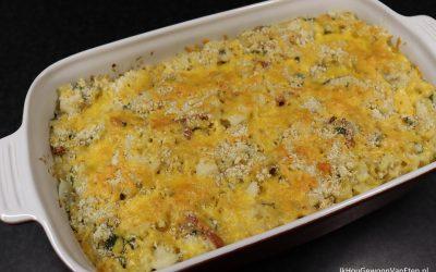 Macaronischotel met bloemkool en kaasfondue