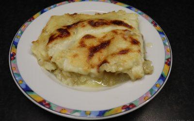 Kaas-uien lasagne