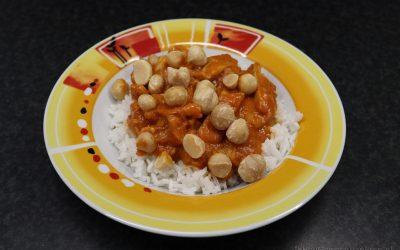 Jackfruit-curry met macadamianoten